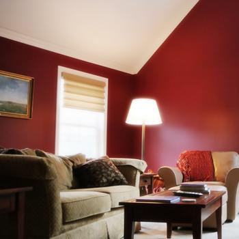 Boligmaling, overfladebehandling, træbeskyttelse, møbelmaling, tapetsering, gulvlakering mm.